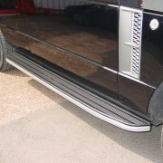 L322 Range Rover side steps with aluminium trim
